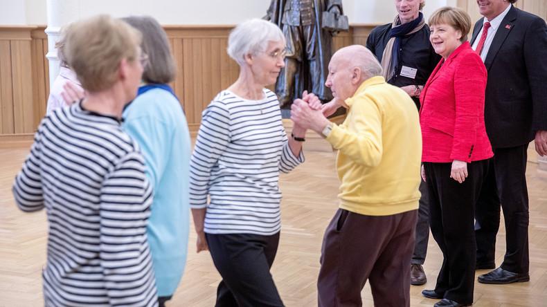 Abschlussbericht der Rentenkommission: steigende Beiträge, sinkendes Niveau