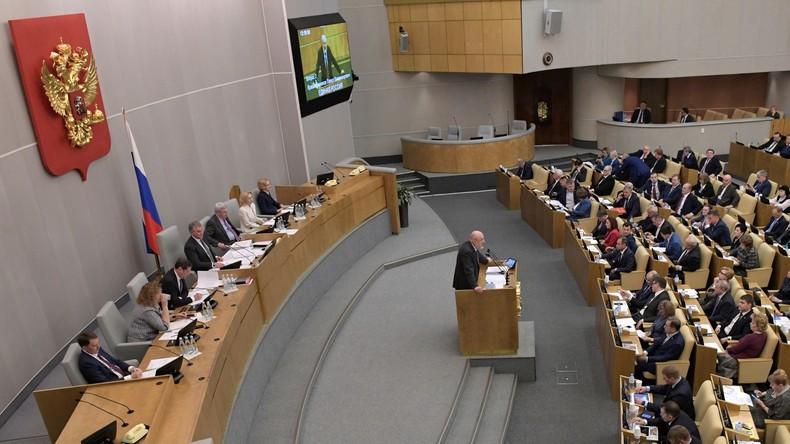 Russland: Duma verabschiedet Gesetzesänderungen zu Ordnungswidrigkeiten in Verbindung mit COVID-19