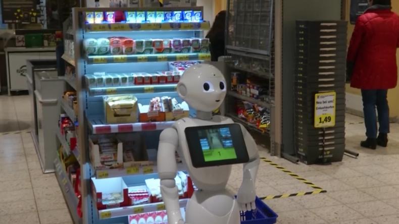 """Edeka-Markt setzt Roboter für Einhaltung der Corona-Regeln ein: """"Bitte unterlassen Sie Hamsterkäufe"""""""