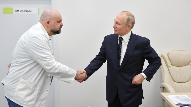 Russland: Chefarzt des Corona-Krankenhauses positiv auf COVID-19 getestet