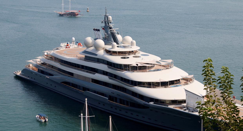 Schutz vor Corona-Infizierten: Superreiche fliehen auf Luxusyachten