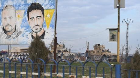 Der lachende Dritte: USA profitieren von Spannungen zwischen Russland und der Türkei (Patrouille des US-Militärs in der Umgebung der syrischen Stadt Hasakah in der gleichnamigen Provinz. 23. Januar 2020)