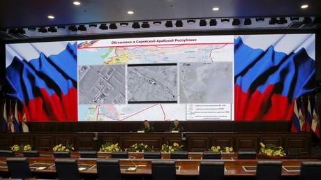 Sprecher des russischen Verteidigungsministers, Generalmajor Igor Konaschenkow, bei einer Pressekonferenz zu Syrien (Bild vom 15.01.16).