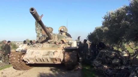 Symbolbild: Ein Panzer der syrischen Armee in der Provinz Idlib.