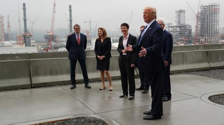 US-Präsident Trump während seiner Besichtigung des Shell Pennsylvania Petrochemicals Complex in Monaca, Pennsylvania im August 2019 (Symbolbild)
