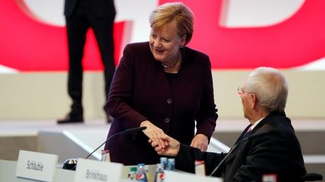 Bundestagspräsident Wolfgang Schäuble und Bundeskanzlerin Angela Merkel beim CDU-Parteitag in Leipzig (Bild vom 22.11.19).