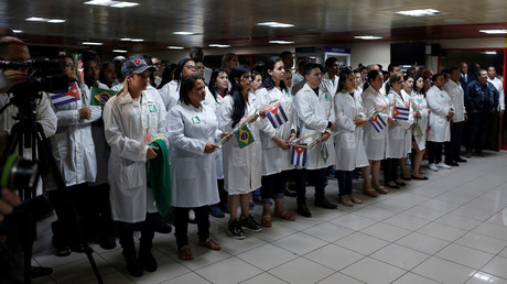 Begrüßung kubanischer Ärzte auf dem Flughafen in Havanna nach ihrer erzwungenen Rückkehr aus Brasilien, 23. November 2018.