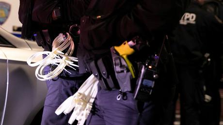 In seinem Bericht kritisiert Peking unter anderem die ausufernde Polizeigewalt in den USA. (Symbolbild)