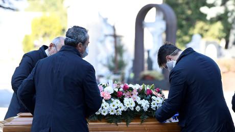 Beerdigung in Bergamo, Lombardei am 21. März 2020