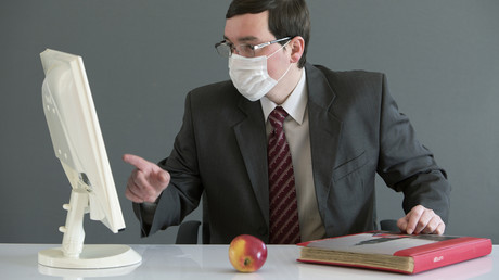 Russe bietet Firmen Konkurrenzbeseitigung mit Coronavirus an – Polizei findet Witz nicht lustig (Symbolbild)