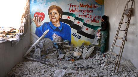 """Nach Merkels Corona-Test: Syrer im al-Qaida-kontrollierten Idlib """"bedanken"""" sich mit Graffiti"""