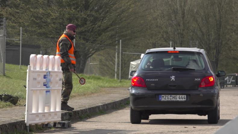 Saarland: Bundeswehr richtet Drive-in-Teststationen für Corona-Verdachtsfälle ein