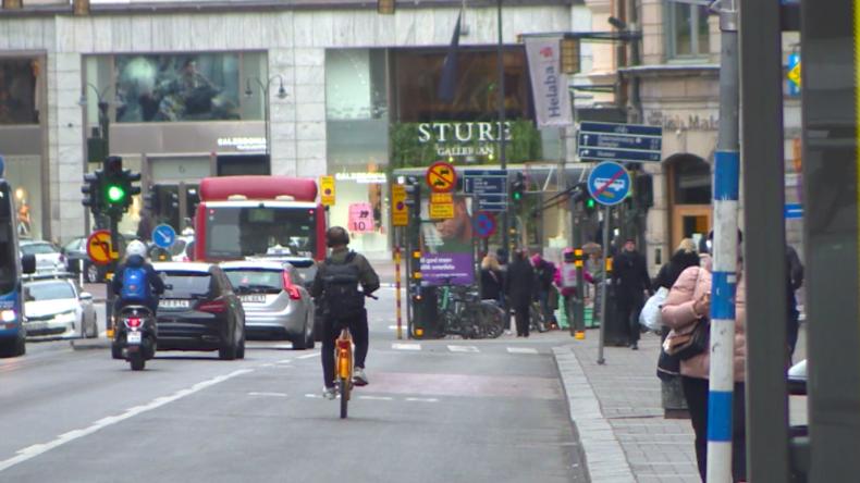 Schweden ohne Lockdown: Normaler Alltag geht dank lascher Corona-Maßnahmen weiter