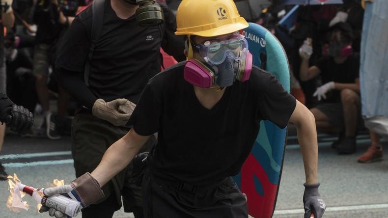 Gesamtschaden durch Massenkrawalle in Hongkong beziffert