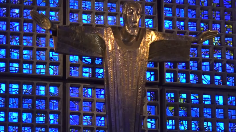 Berliner Kaiser-Wilhelm-Gedächtniskirche öffnet inmitten der COVID-19-Krise wieder die Türen
