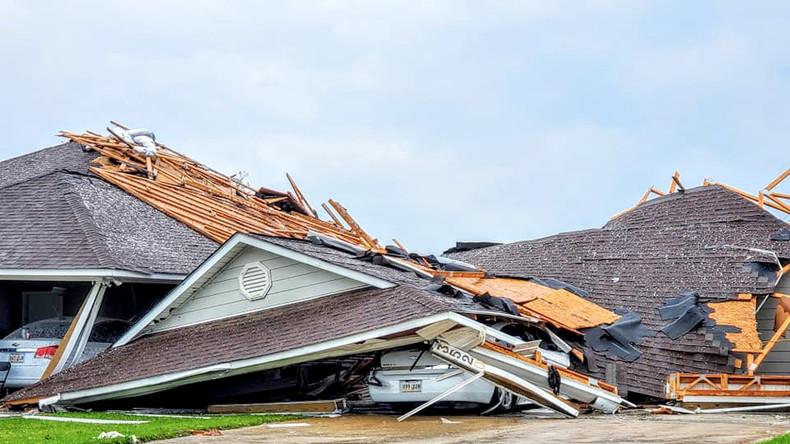 Mindestens sechs Todesopfer: Tornado tobt im Südosten der USA