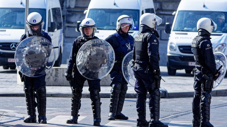 Ausschreitungen und Festnahmen nach Tod eines 19-Jährigen bei Verfolgungsjagd mit Polizei in Brüssel