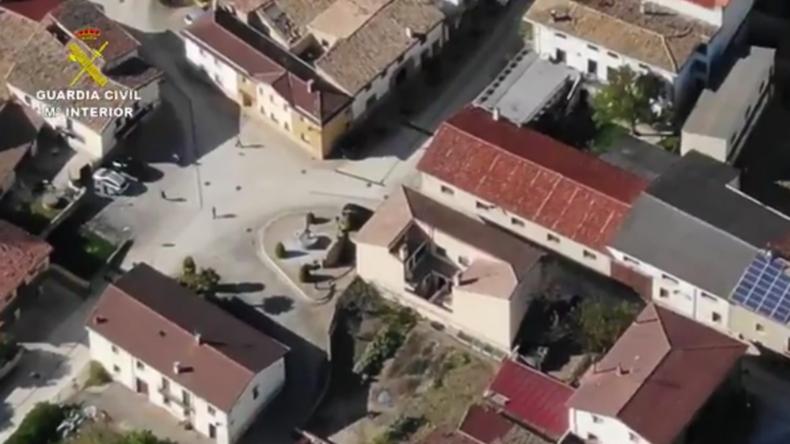 Spanien: Polizei jagt Ignoranten der Ausgangssperre mit Drohne