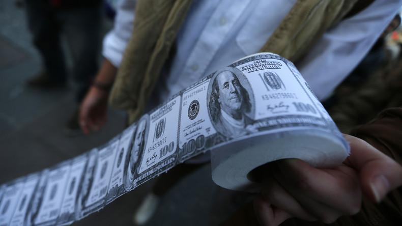 """Experte: """"Wir haben den US-Dollar in Toilettenpapier verwandelt"""""""
