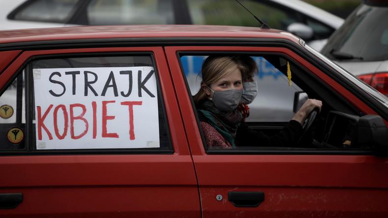 Trotz Corona-Schutzmaßnahmen: Frauen in Polen protestieren gegen Verschärfung des Abtreibungsrechts