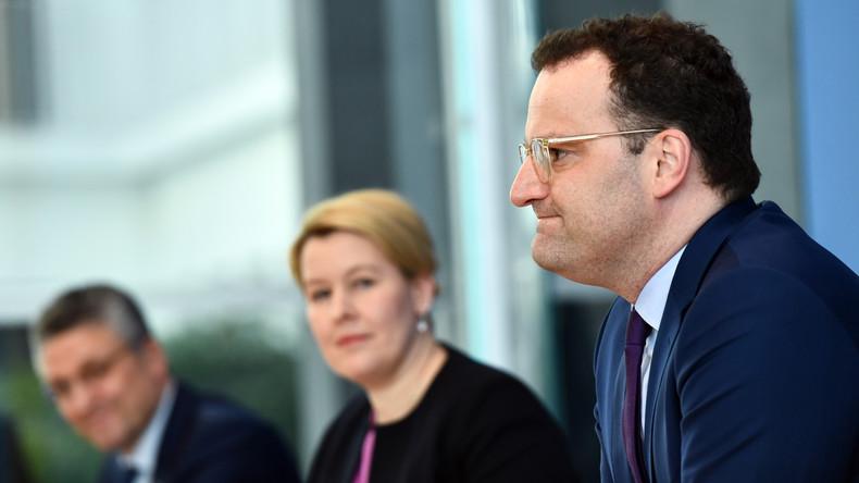 LIVE: Bundesgesundheitsminister Spahn und RKI geben Pressekonferenz zu COVID-19