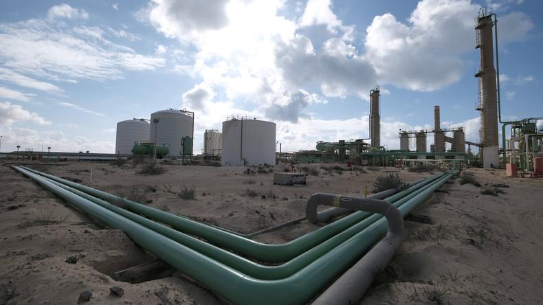 Russland und Saudi-Arabien wollen mit Fördersenkungen Ölpreis ankurbeln