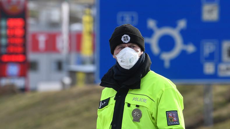 Tschechiens Präsident Zeman: Grenzen sollten mindestens noch ein Jahr geschlossen bleiben
