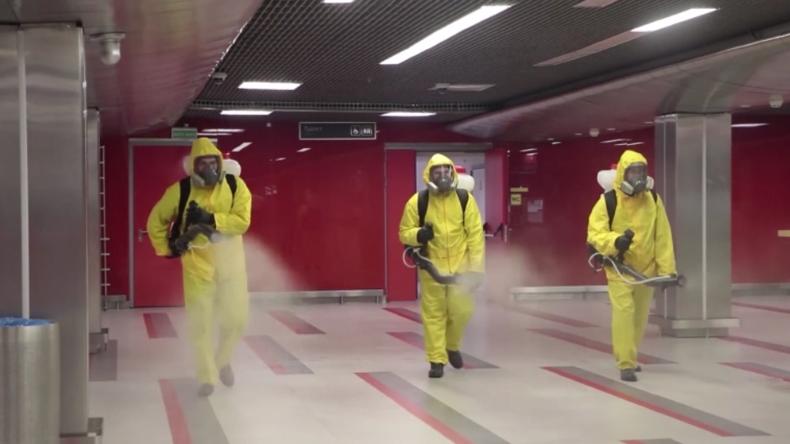 Russland lässt Flughäfen und Bahnhöfe desinfizieren, um Corona-Ausbreitung zu stoppen