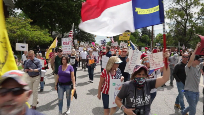 USA: Hunderte Demonstranten gegen wirtschaftlichen Shutdown und Ausgangssperre wegen Corona