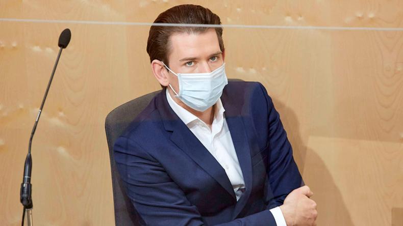 """FPÖ-Politiker kritisiert Österreichs Kanzler: """"Die Bevölkerung in Angst und Schrecken versetzt!"""""""
