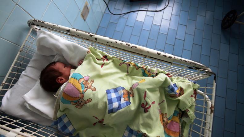 Babys an kinderlose Schwule in China verkauft? Mutmaßlicher Kinderhändlerring in Kiew gesprengt
