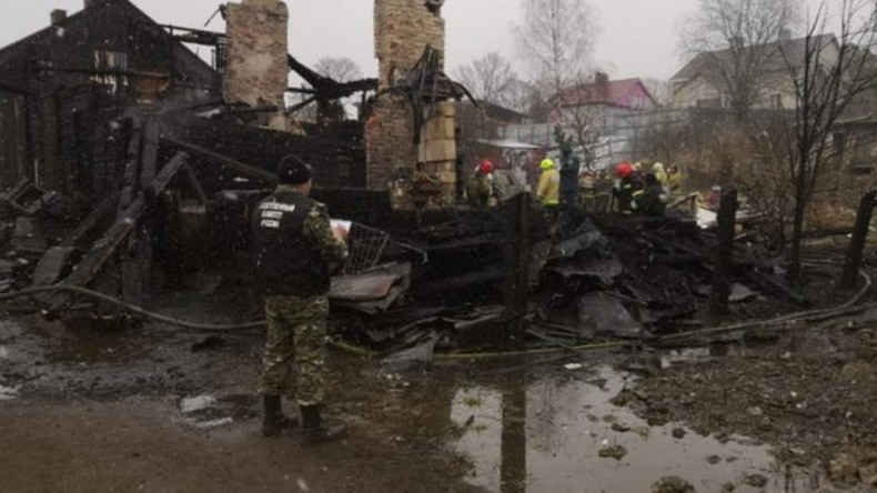 Großbrand im russischen Gebiet Leningrad – Acht Tote, darunter sechs Kinder