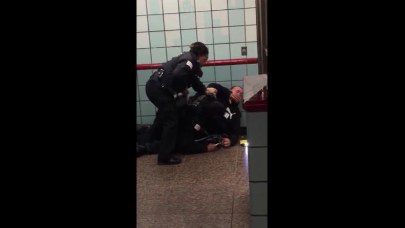 """USA: """"Ich habe euch doch nichts getan"""" – Schockierendes Video zeigt Eskalation bei Polizei-Einsatz"""