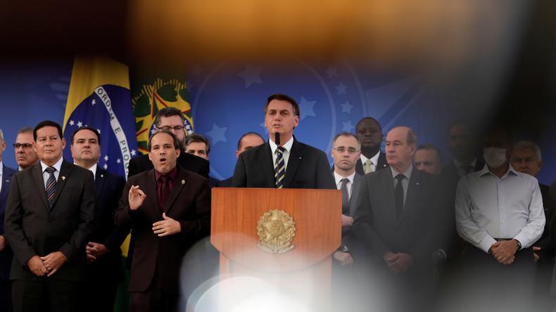 """Coronavirus gilt in Brasilien offiziell weiterhin nur als """"eine Grippe"""" (Video)"""