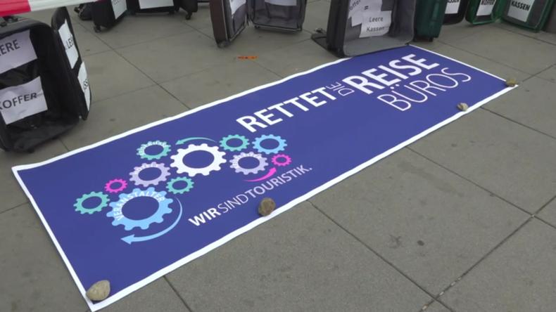 Deutschland: Reisebüroangestellte rufen in Nürnberg zur Unterstützungdurch die Regierung auf