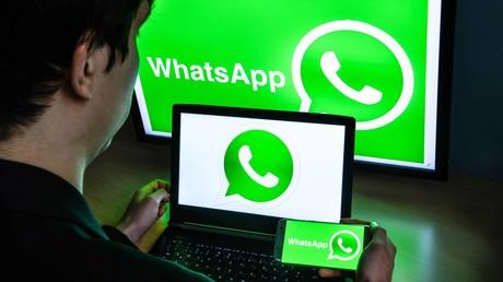 Urteil mit Hilfe von WhatsApp: Richterin schließt Café per Videoanruf (Symbolbild)