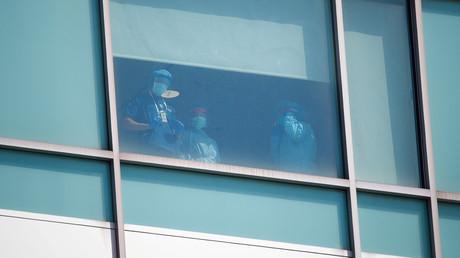 Mitarbeiter des Krankenhauses Montefiore Medical Center in der Bronx von New York am 2. April 2020.
