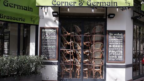 Ein geschlossenes Restaurant in Paris (Symbolbild)
