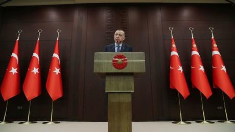 Der türkische Präsident Recep Tayyip Erdoğan während einer Rede am 18. März 2020 in Ankara.