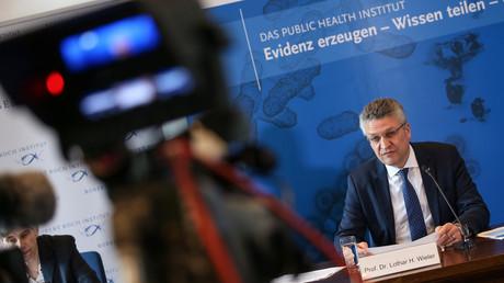 Der Direktor des Robert Koch-Instituts Prof. Dr. Lothar Wieler bei einer Pressekonferenz.
