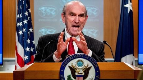 Symbolbild: Insbesondere unter Reagan war der US-Sondergesandte für Venezuela, Elliot Abrams, immer wieder in blutige Staatsstreiche und Terrorkampagnen verwickelt. Nun drohte er der Regierung von Nicolás Maduro für den Fall, dass diese einer