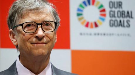 Bill Gates, Co-Vorsitzender der Bill & Melinda Gates Foundation, nahm am 9. November 2018 in der japanischen Hauptstadt Tokio an einer Pressekonferenz mit der Japanischen Sportagentur teil.