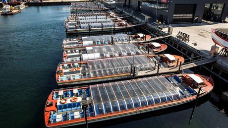 Leiden am Stillstand: Stillgelegte Ausflugsschiffe in Kopenhagen Anfang April
