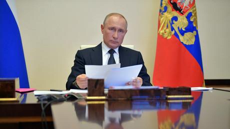Handelt es sich bei den Papieren womöglich um Anweisungen des russischen Präsidenten Wladimir Putin an sämtliche