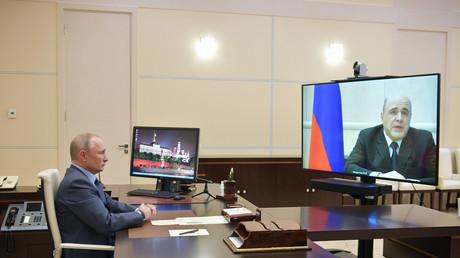 Der russische Präsident Putin und Premier Mischustin bei ihrer heutigen Videokonferenz