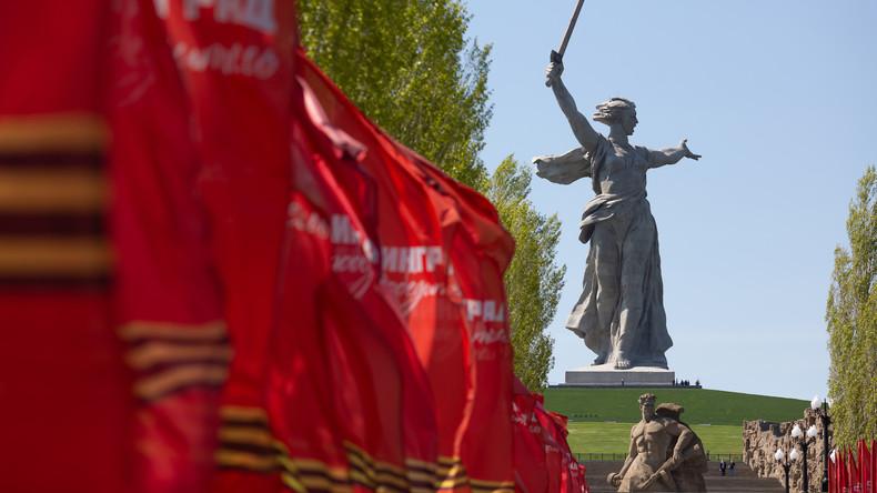 """Russland: Das Denkmal """"Mutter Heimat ruft!"""" in Wolgograd nach Renovierung wieder eröffnet"""