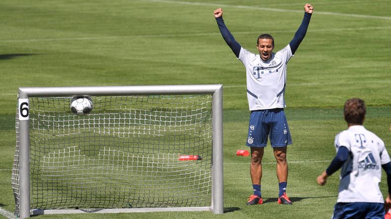 """Merkel und Ministerpräsidenten einigen sich auf """"Geisterspiele"""" der Fußball-Bundesliga ab Mitte Mai"""