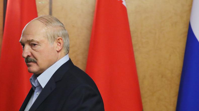 Weißrussland: Lukaschenko fordert Bürger auf, gegen Coronafrische Luft zu schnappen