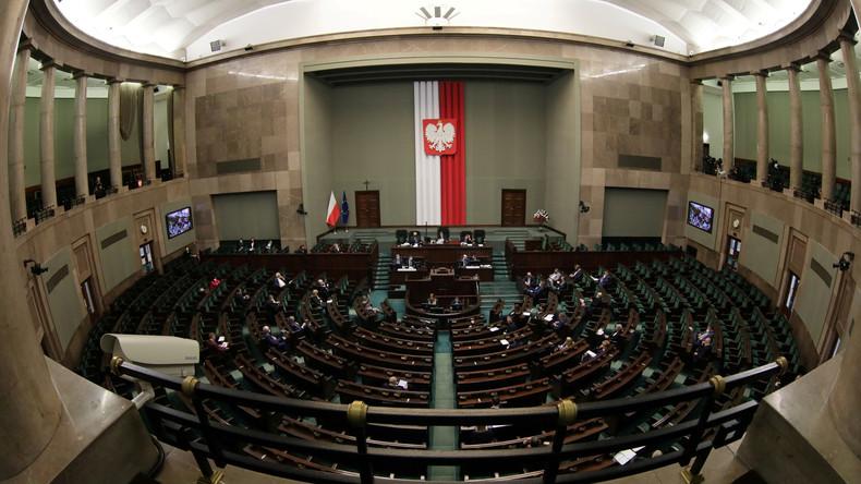 Polen verlegt Präsidentenwahl in letzter Minute – Parlament stimmt über Wahlrecht ab