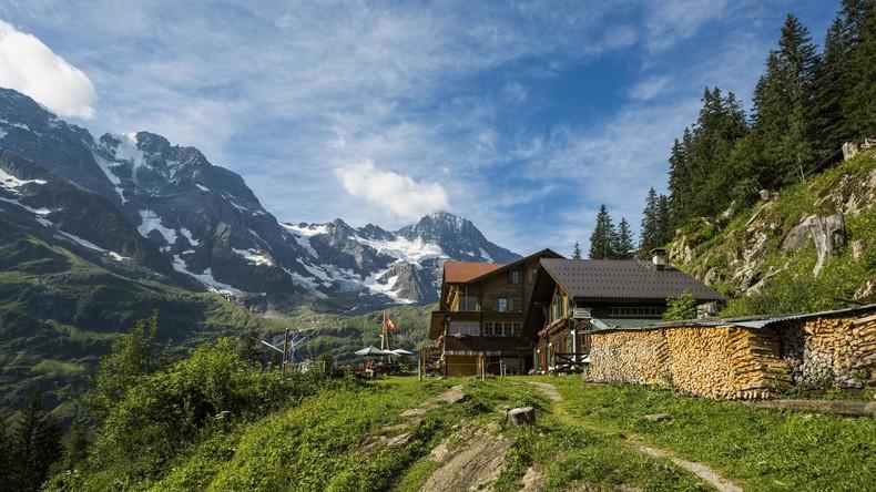 Schweiz und Österreich beliebteste Auswanderziele der Deutschen innerhalb Europas